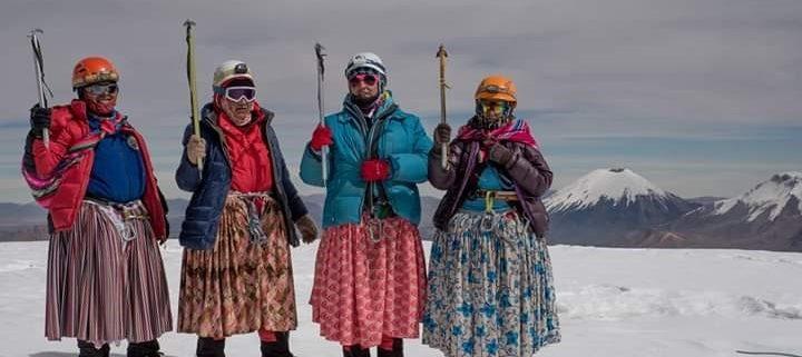 les cholitas au sommet l'aconcagua