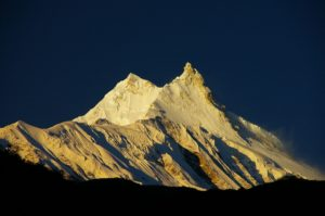 tour du manaslu trek népal