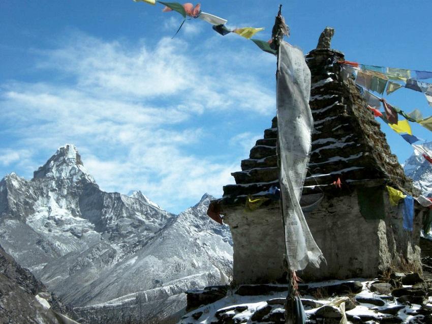 trek au népal Vue sur l'ama dablam