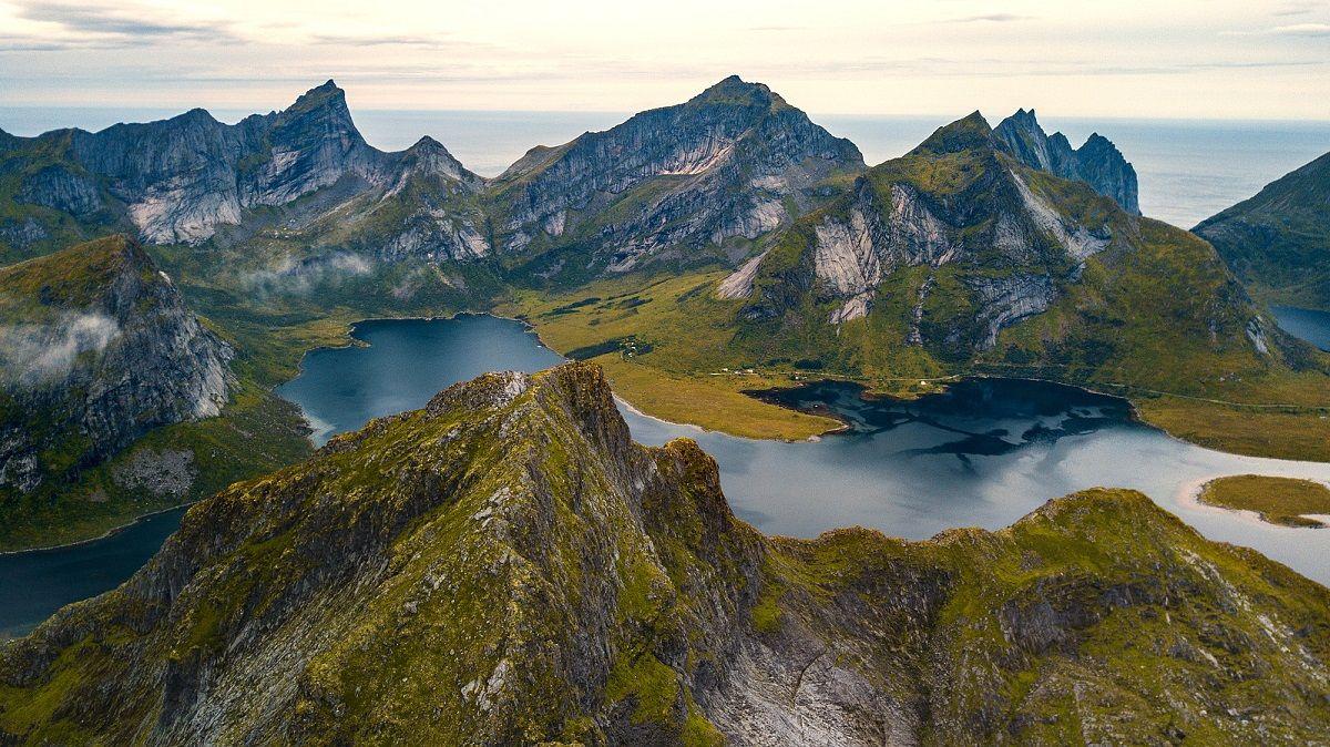 Narvtinden-iles-lofoten-trek-7-jours-guide
