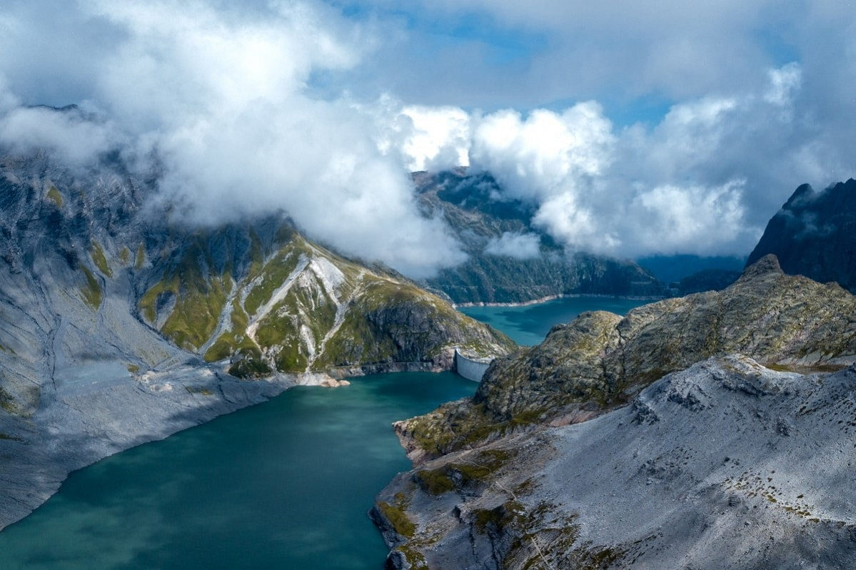 lac d'emosson trek avec guide france suisse