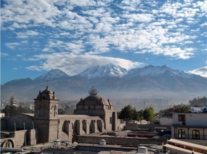 Arequipa et montagnes
