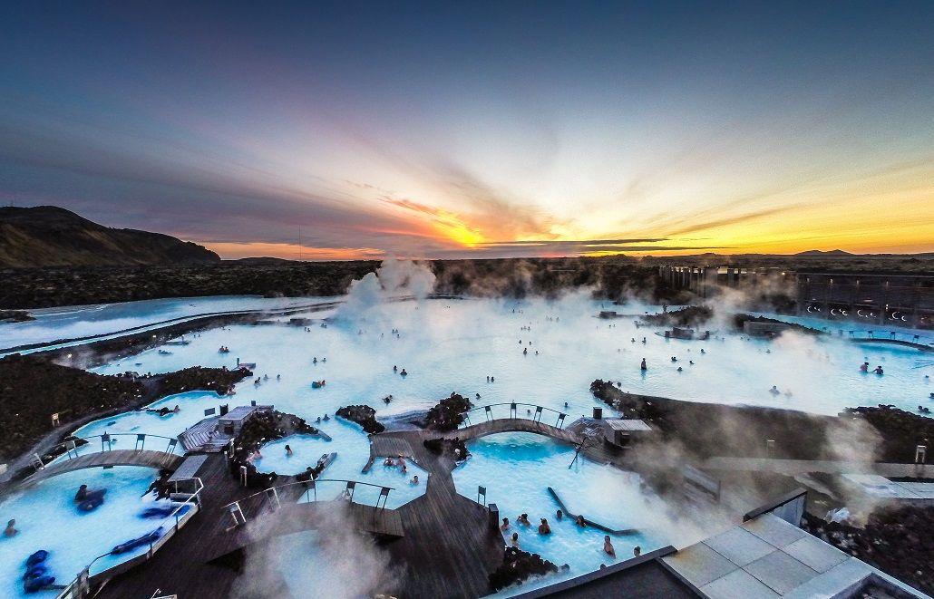 Blue-Laggon-station-thermale-Islande-Reykjavik