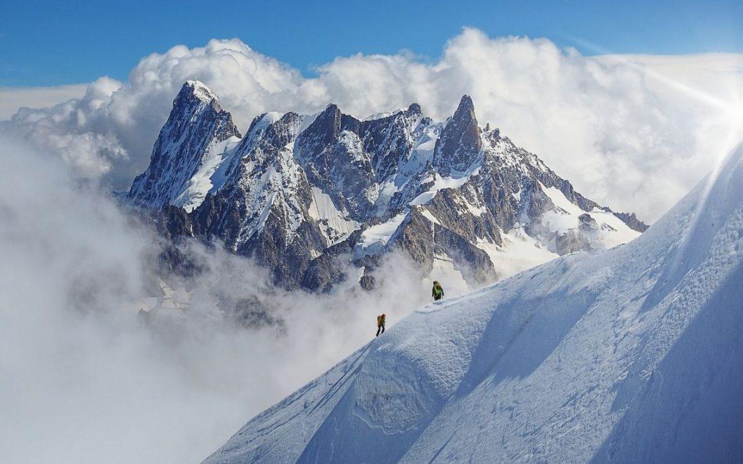 Faire l'ascension du Mont-Blanc avec un guide (par la Voie Royale)