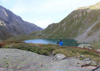 lac au coeur des montagnes