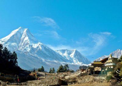 Début du trek au Népal dans la vallée de Tsum