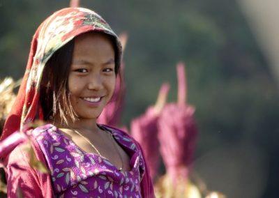 Jeune habitante de la Vallée de Tsum