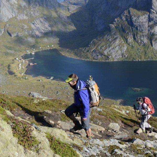 Séjour de randonnée et bateau dans les îles Lofoten, en Norvège, avec un accompagnateur